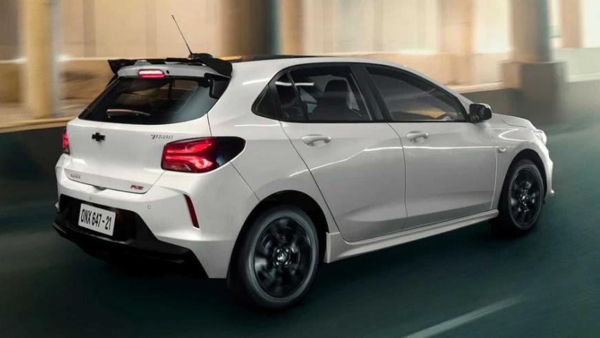 2021 Chevrolet Onix RS Review