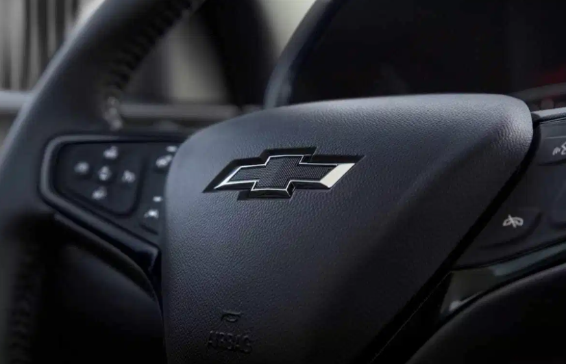 2022 Chevy Traverse RS Interior